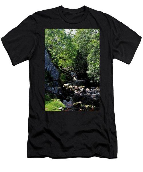 Linhope Men's T-Shirt (Athletic Fit)