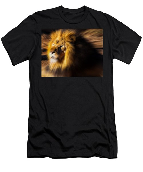 Lion The King Is Comming Men's T-Shirt (Athletic Fit)
