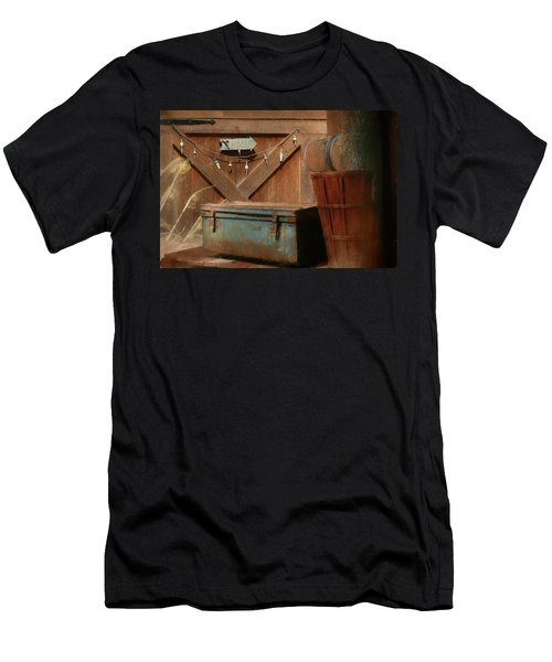 Men's T-Shirt (Slim Fit) featuring the photograph Live Bait by Lori Deiter