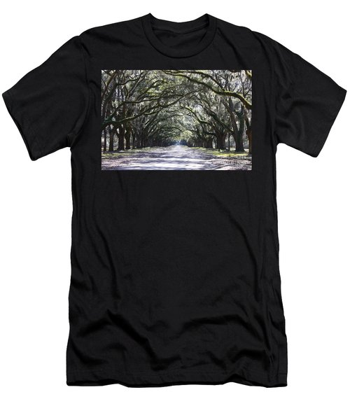 Live Oak Lane In Savannah Men's T-Shirt (Athletic Fit)