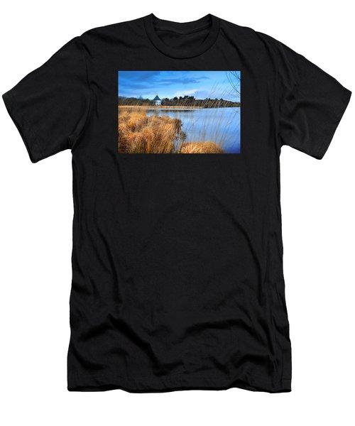 Llyn Llech Owain Country Park 1 Men's T-Shirt (Athletic Fit)