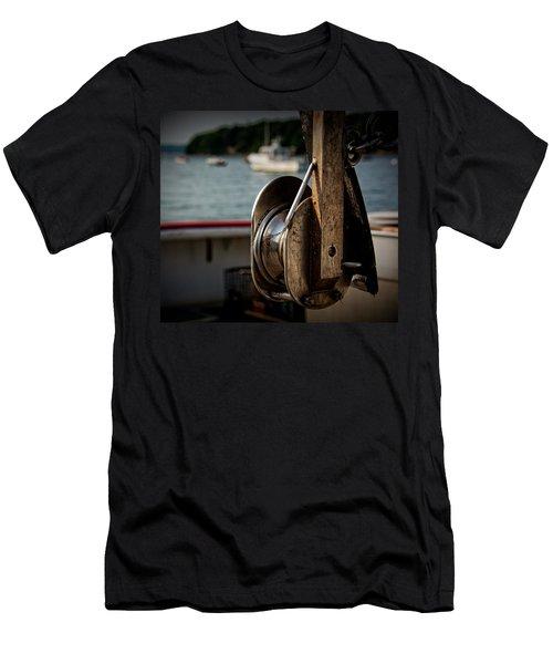 Lobster Boat Men's T-Shirt (Athletic Fit)