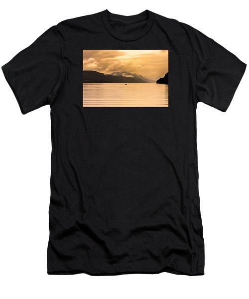 Loch 1 Men's T-Shirt (Athletic Fit)