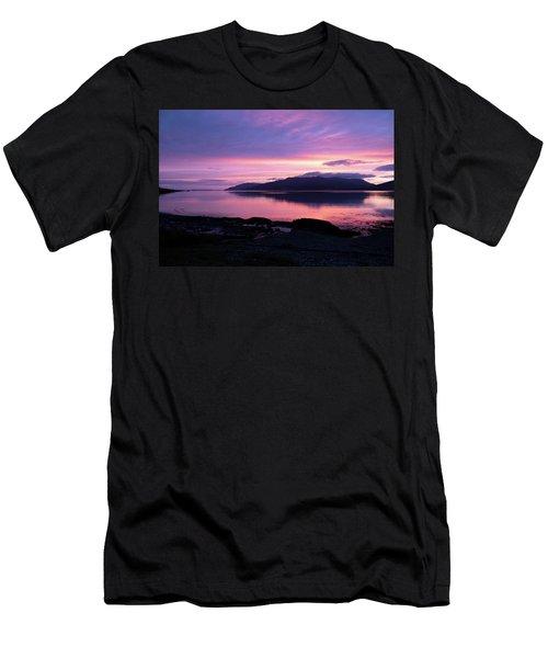Loch Scridain Sunset Men's T-Shirt (Athletic Fit)