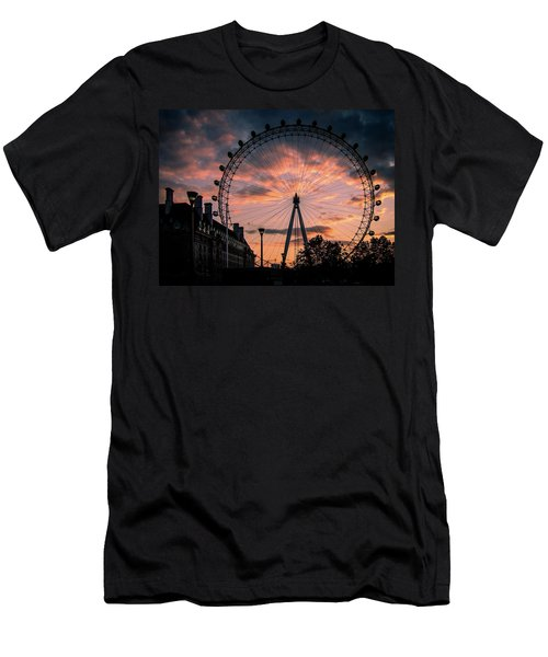 London Eye #1 Men's T-Shirt (Athletic Fit)