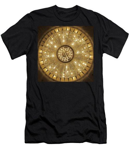 London Hilton Paddington 02 Men's T-Shirt (Athletic Fit)