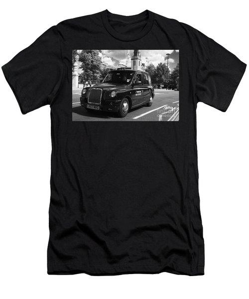 London Taxi Men's T-Shirt (Athletic Fit)