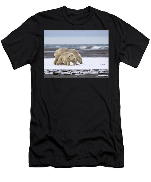Looking Back In The Arctic Men's T-Shirt (Athletic Fit)