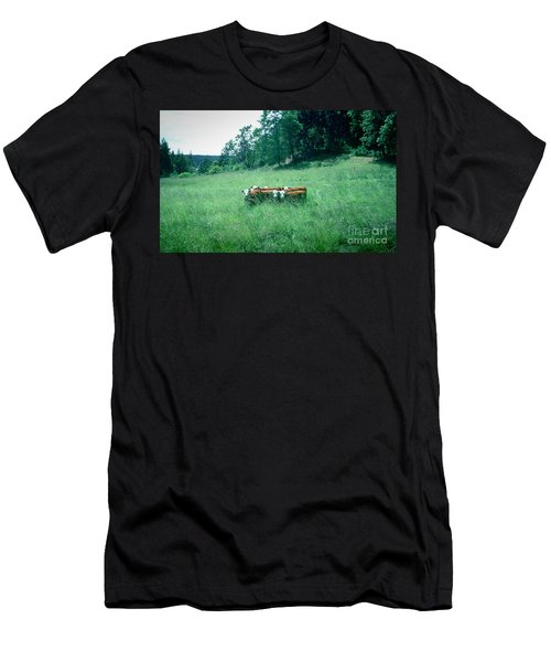 Men's T-Shirt (Athletic Fit) featuring the photograph Looking Back by Peter Simmons