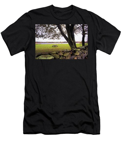 Looking Over The Wall Men's T-Shirt (Athletic Fit)