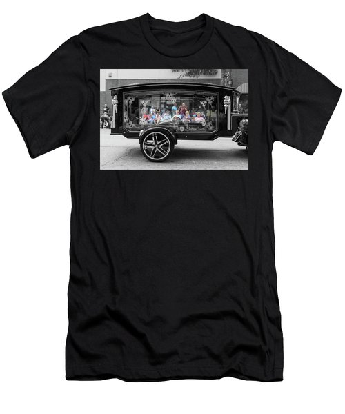 Looking Through The Glass Carriage Men's T-Shirt (Athletic Fit)