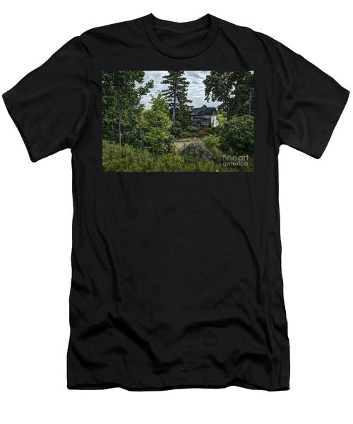 Lost Farm Men's T-Shirt (Athletic Fit)