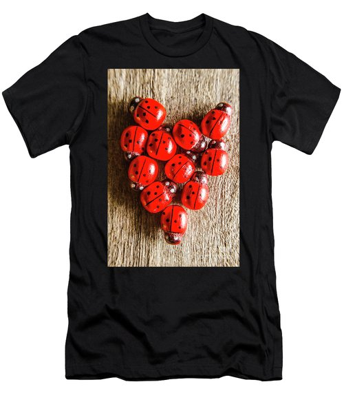 Love Bug Men's T-Shirt (Athletic Fit)