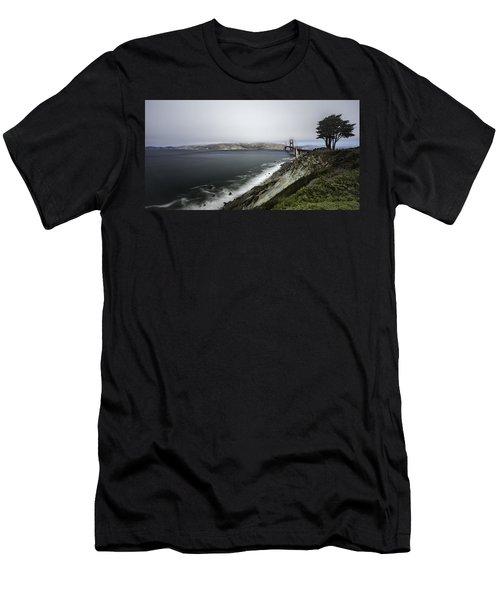 Low Cloud Men's T-Shirt (Athletic Fit)