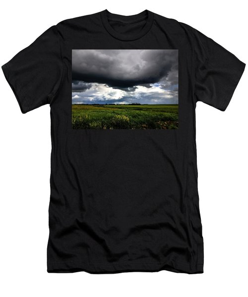 Low Cloud Men's T-Shirt (Athletic Fit)