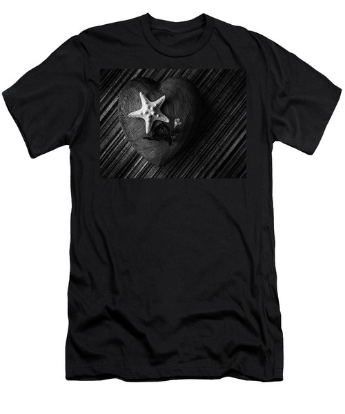 Low Key Heart And Starfish Men's T-Shirt (Athletic Fit)