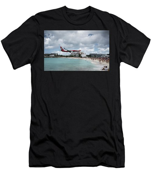 Low Landing At Sonesta Maho Beach Men's T-Shirt (Athletic Fit)