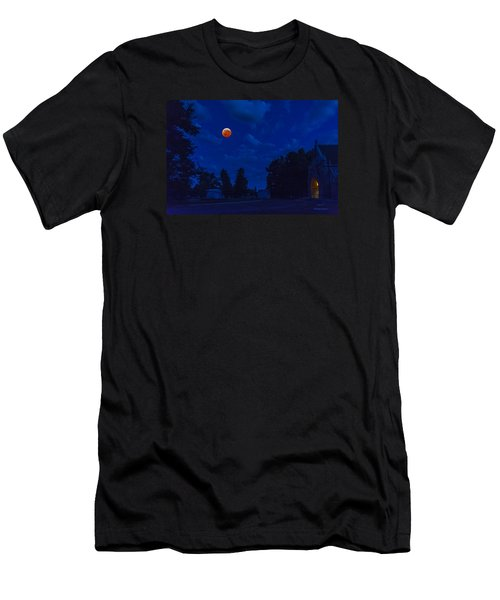 Lunar Eclipse At The Ivy Chapel Men's T-Shirt (Slim Fit) by Stephen  Johnson
