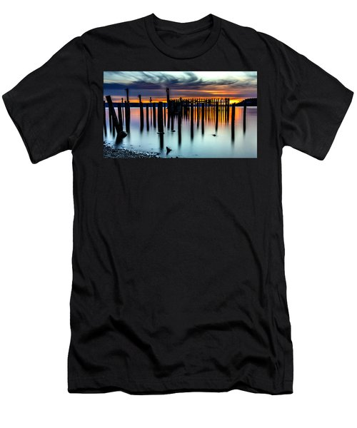 Magical Sunset Titlow Beach Tacoma Wa Men's T-Shirt (Athletic Fit)
