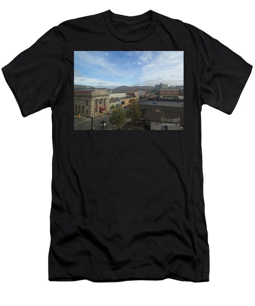 Main St To The Mountains   Men's T-Shirt (Athletic Fit)