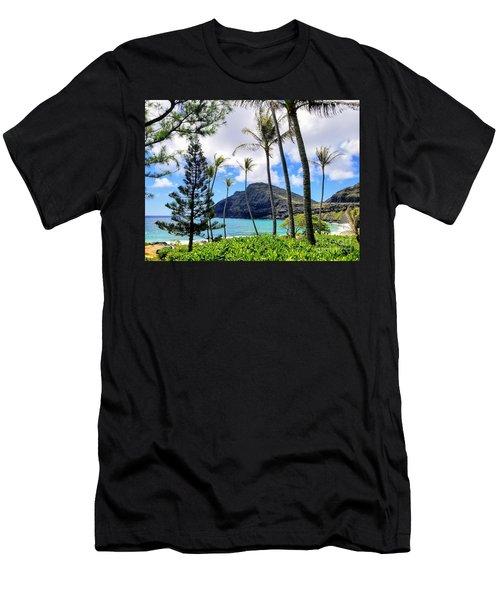 Makapuu Paradise Men's T-Shirt (Athletic Fit)