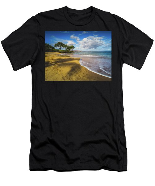 Maluaka Beach Men's T-Shirt (Athletic Fit)
