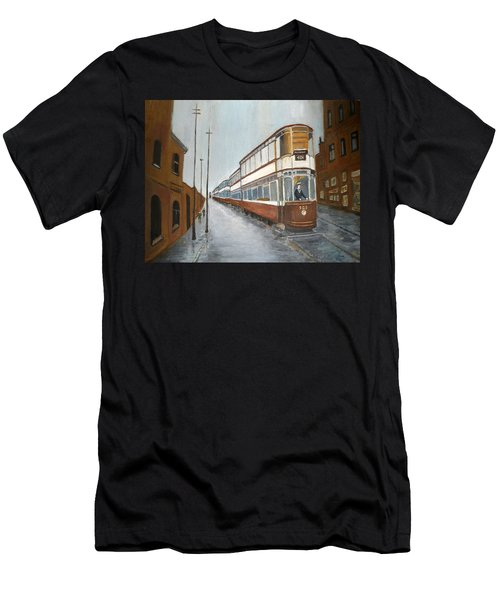 Manchester Piccadilly Tram Men's T-Shirt (Athletic Fit)