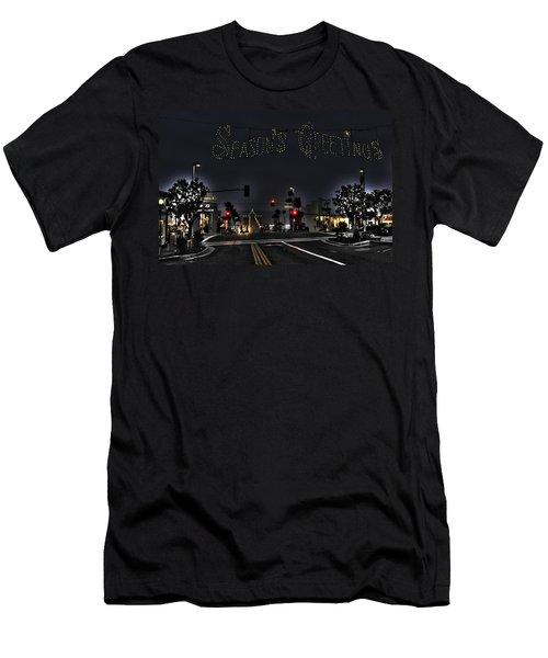 Manhattan Beach Christmas Men's T-Shirt (Athletic Fit)