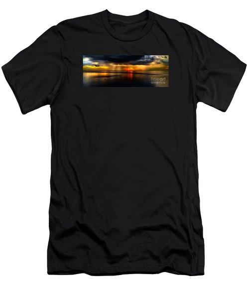 Manila Bay Sunset Men's T-Shirt (Athletic Fit)