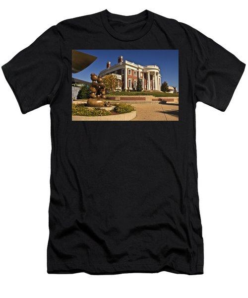 Mansion Hunter Museum Men's T-Shirt (Athletic Fit)