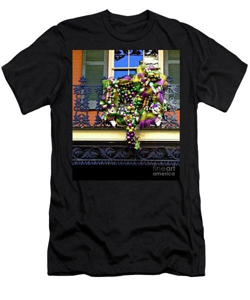 Mardi Gras Decor 1 Men's T-Shirt (Athletic Fit)