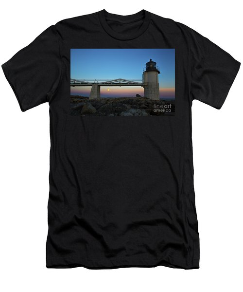 Marshall Point Lighthouse With Full Moon Men's T-Shirt (Athletic Fit)