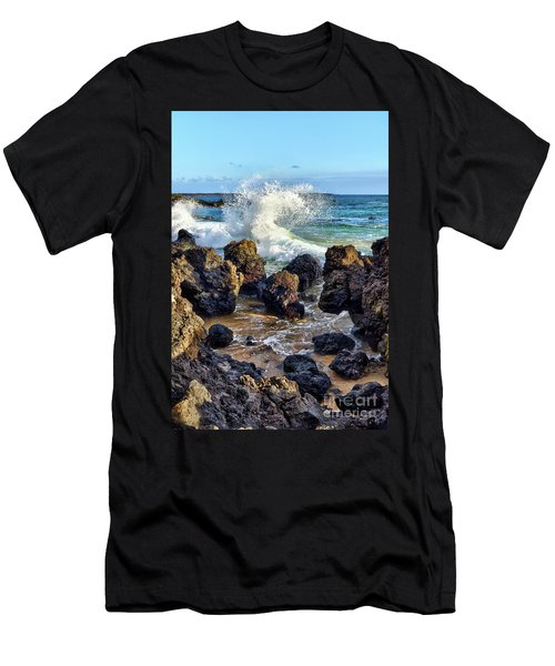 Maui Wave Crash Men's T-Shirt (Athletic Fit)