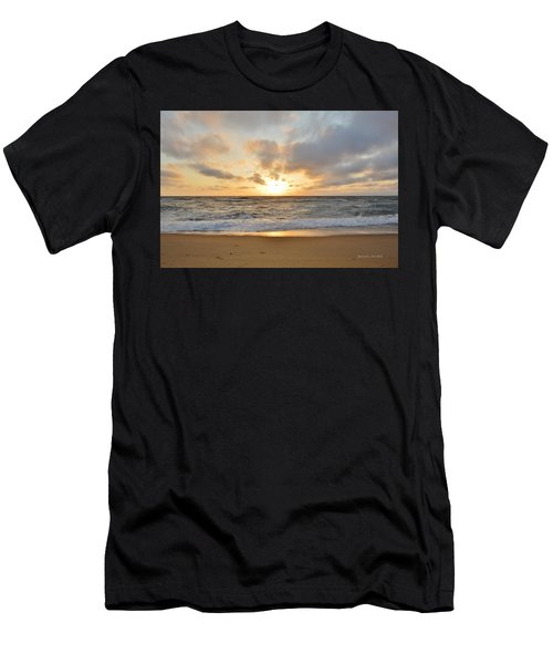 May Sunrise In Obx Men's T-Shirt (Athletic Fit)