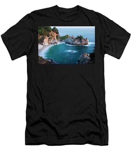 Mcway Bay Men's T-Shirt (Athletic Fit)
