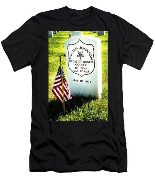 Medal Of Honor - W Johnson Men's T-Shirt (Athletic Fit)