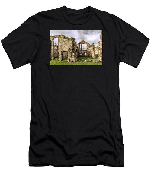 Medieval Ruins Men's T-Shirt (Athletic Fit)
