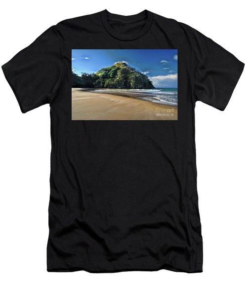 Medlands Beach Men's T-Shirt (Athletic Fit)