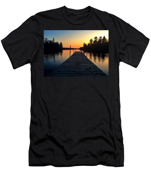 Medora Dock  Men's T-Shirt (Athletic Fit)
