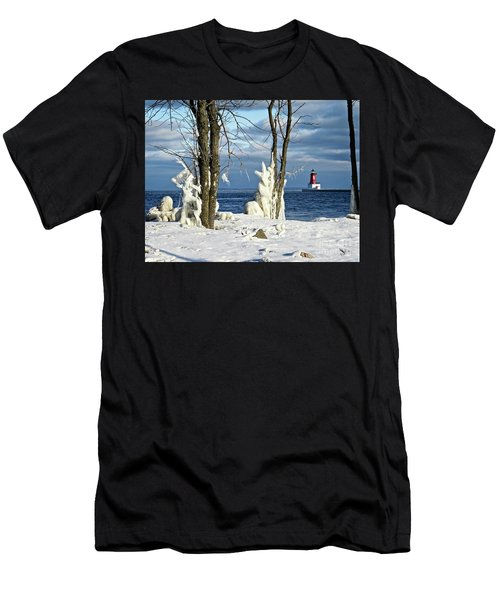 Menominee Lighthouse Ice Sculptures Men's T-Shirt (Athletic Fit)