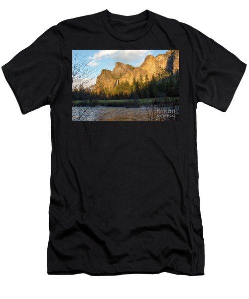 Merced River Yosemite Color Men's T-Shirt (Athletic Fit)