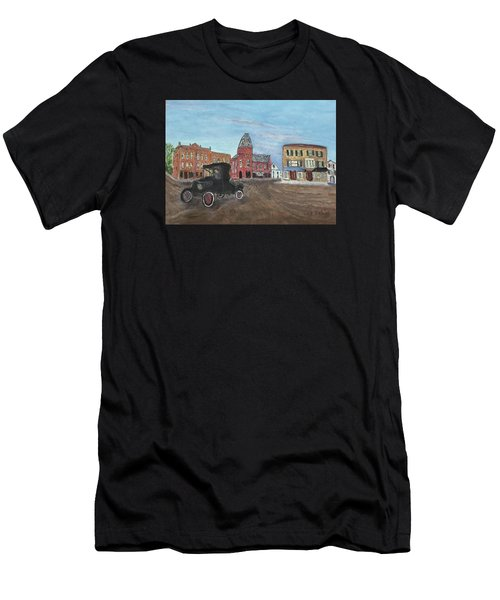 Old New England Town Men's T-Shirt (Athletic Fit)