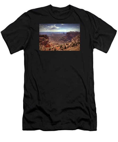Mesas And Canyons Men's T-Shirt (Athletic Fit)