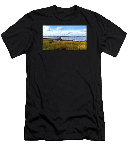 Milford Island Men's T-Shirt (Athletic Fit)