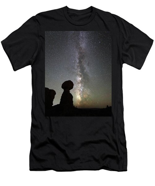 Milky Way Over Balanced Rock Men's T-Shirt (Athletic Fit)