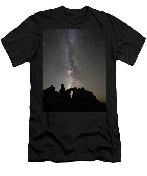 Milky Way Over Turret Arch Men's T-Shirt (Athletic Fit)