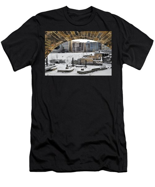 Mill Ruins Park Winter Men's T-Shirt (Athletic Fit)