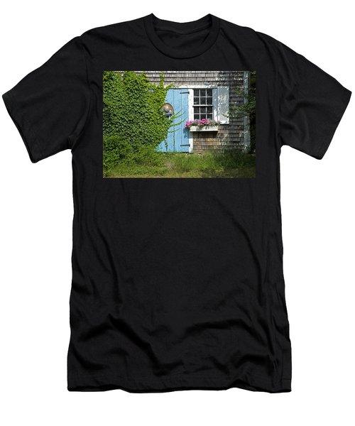 Millway Scene In Barnstable Men's T-Shirt (Athletic Fit)