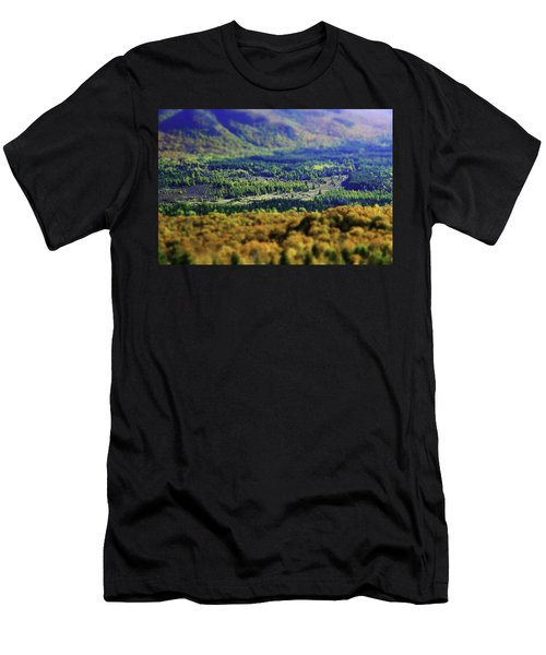 Mini Meadow Men's T-Shirt (Athletic Fit)