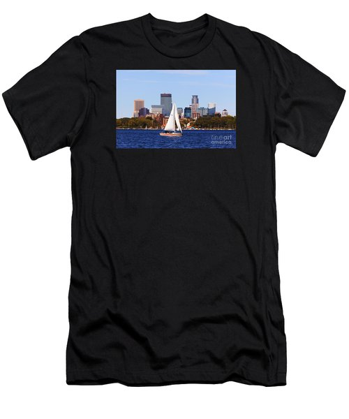 Minneapolis Skyline Lake Calhoun Sailing Men's T-Shirt (Athletic Fit)